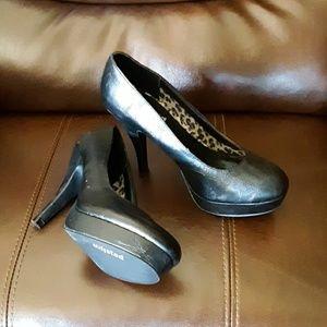 Unlisted womens 7 black heels, GUC